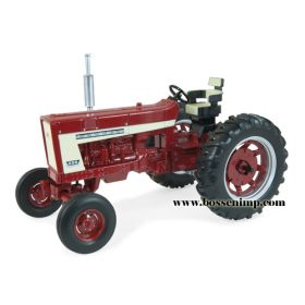 1/16 Farmall 656 WF no fenders