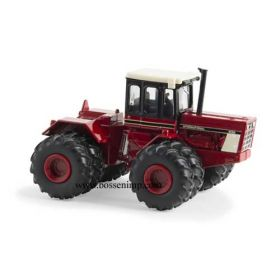 1/64 International 4586 4WD with duals