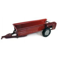 1/16 International manure spreader