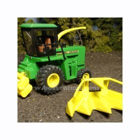1/64 John Deere Forage Harvester 5830 SP