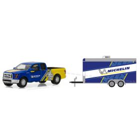 1/64 Ford F-150 Pickup 2016 with Cargo Trailer Series 13
