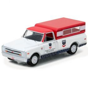 1/64 Chevrolet Pickup C-10 1968 with topper Standard Oil Series 1