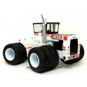 1/32 Big Bud 600/50 4WD with triples Cruiser Cab