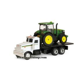 1/64 Peterbilt 367 Straight truck with JD 7200R tractor