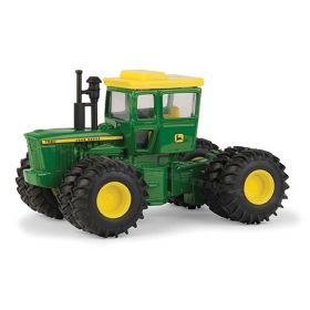 1/64 John Deere 7520 4WD with cab & duals