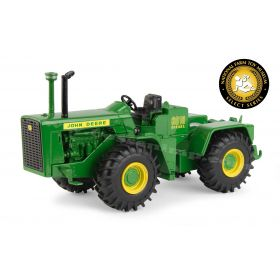 1/32 John Deere 8010 2018 National Farm Toy Museum