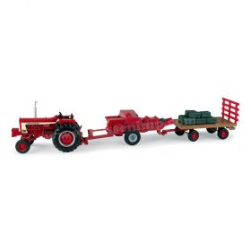1/32 Farmall 806 Haying Set