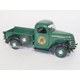 1/25 International D2 Pickup BI 30th Anniversary Green
