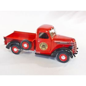 1/25 International D2 Pickup BI 30th Anniversary Red