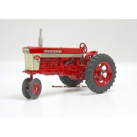1/16 Farmall 560 NF Fast Hitch