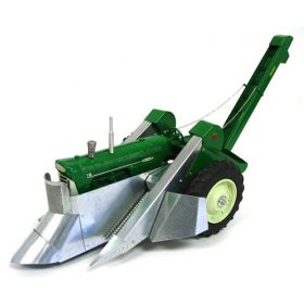 1/16 Oliver 770 w/Corn Picker