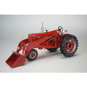 1/16 Farmall 400 NF with Loader & Tire Chains