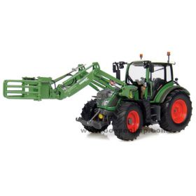 1/32 Fendt 516 Vario MFD with Front Bale Grab
