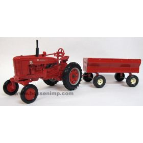 1/16 Farmall Super MTA WF with Wagon '96 WI FP