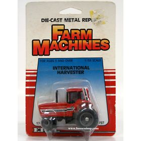 1/64 International 5088 Farm Machines Card