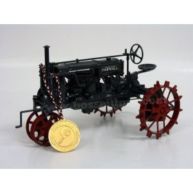 1/16 Farmall Regular Precision Classic