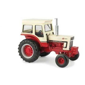 1/32 International 1066 WF with cab 5 Millionth Tractor