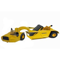 1/16 John Deere Scraper 860 with windshield