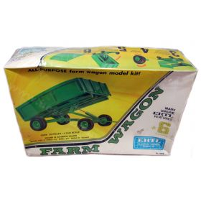 1/25 John Deere Wagon Plastic Model Kit