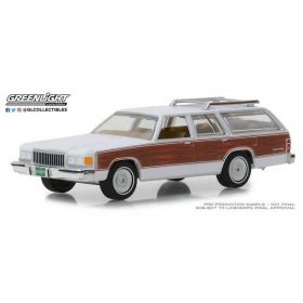 1/64 Mercury Grand Marquis Colony Park 1989 white