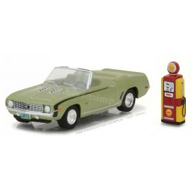 1/64 Chevy Camaro 1969 Convertible with Vintage Gas Pump