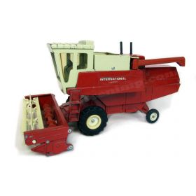 1/16 International 915 Combine plastic reel