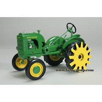 1/16 John Deere L w/mud lug wheels