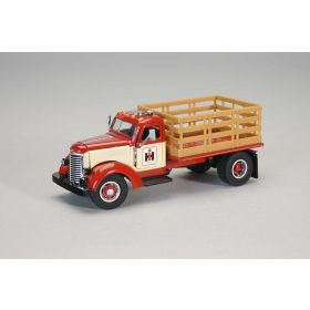 1/50 International KB8 Stakebed Truck with IH Logo